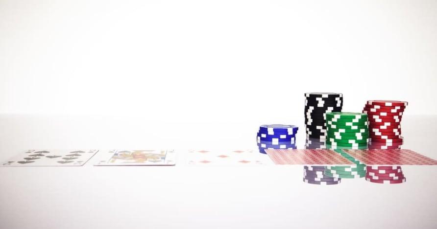 Hiểu Quy tắc Blackjack Soft 17 trong cờ bạc trực tuyến
