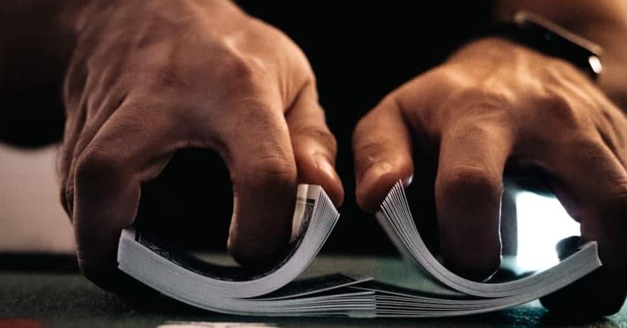 Cờ bạc sòng bạc trực tuyến được kiểm soát hoặc không được kiểm soát