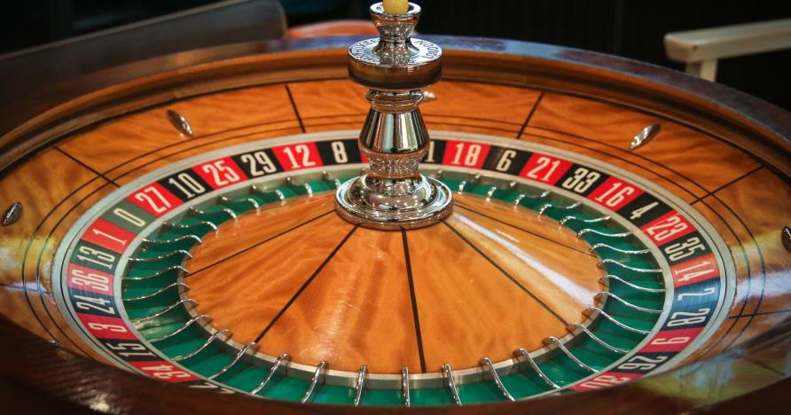 Chơi và thắng trò Roulette trực tiếp: Tại sao bạn sẽ thích nó